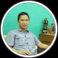Dr. Mukti Fajar ND, SH., M.Hum